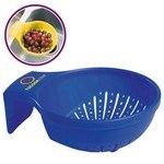 "Picture of 6"" Strainer with Handle and Feet"