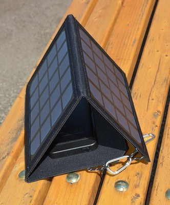 Tri-Fold Solar Power Pack (5,000mAh)